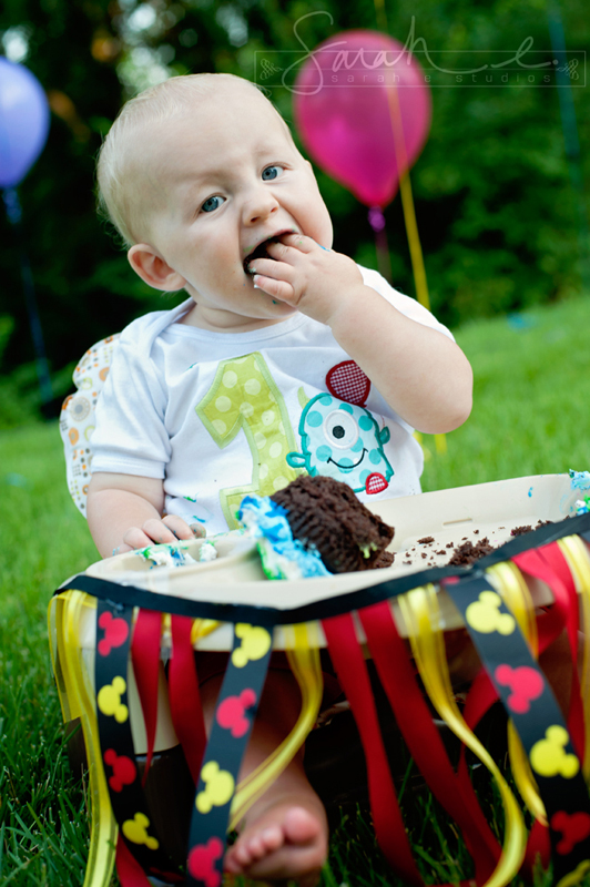Twin 1st Birthday Cake Smash - 09